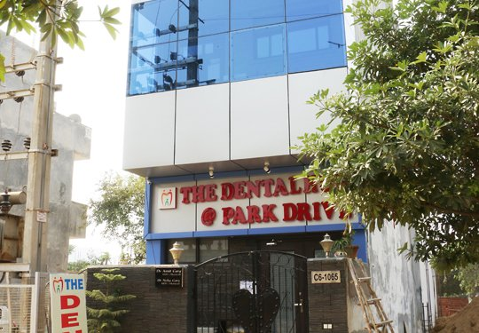 Hospitals for Tooth Bridge - The Dental Hub, Gurgaon