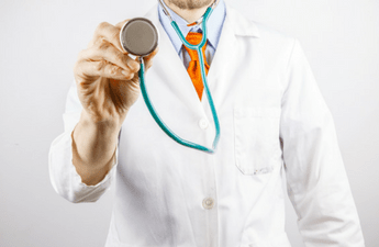 Here are 7 Things Which You Have to Check While Choosing the Right Doctor