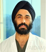 Doctor for ACL Reconstruction - Dr IPS Oberoi
