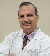 Best Spine Surgeons In India - Dr. Prakash Singh, New Delhi